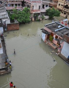 Seventeen killed as heavy rains wreak havoc in Andhra