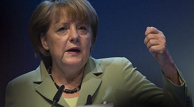 Germany steps up attacks on US over spying