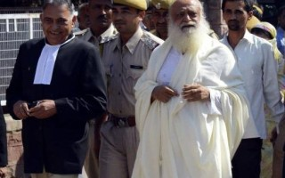 Asaram Bapu moves Gandhinagar court for regular bail