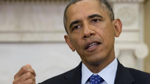 Obama urges senators to delay new sanctions on Iran