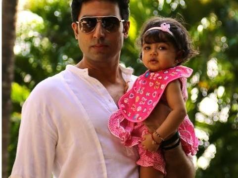 Baby Aaradhya checks on Big B's health