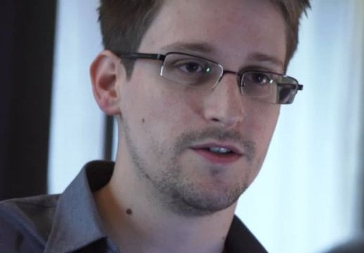 Ecuador to consider granting asylum if Snowden applies: president