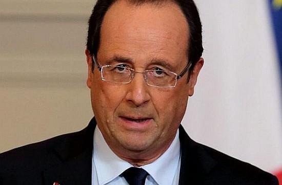 France's Hollande seen losing 2017 presidential election: Poll