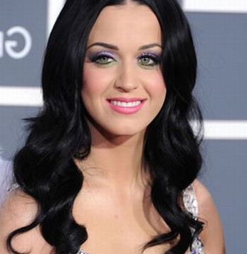 Katy Perry slams female pop stars for showing excessive skin