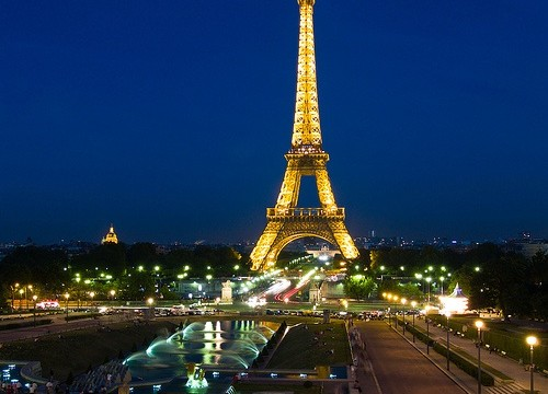 Paris voted `world's best city to visit` in 2014 by Lonely Planet
