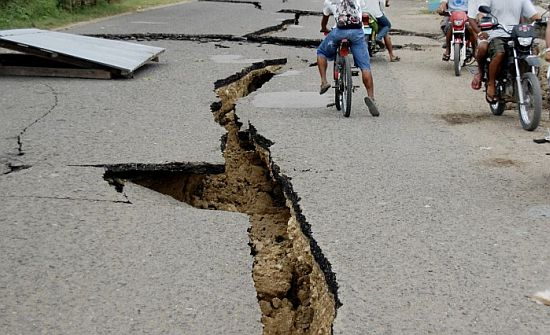 Philippine earthquake death toll at 171