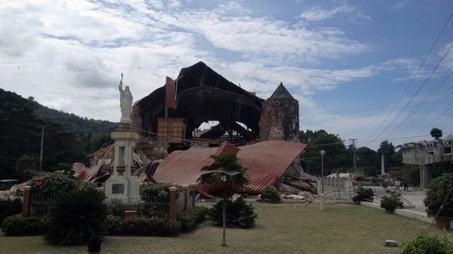 Toll rises to 67 in Philippines earthquake