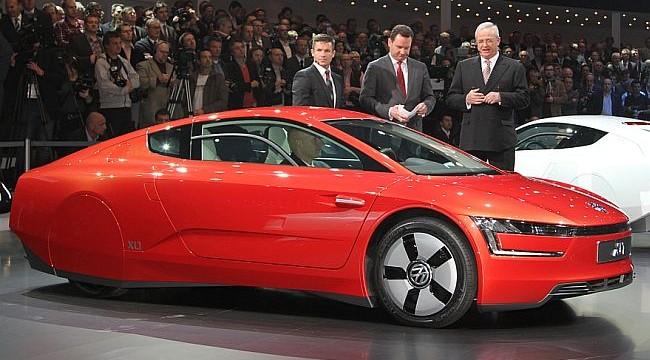 'World's most efficient car' Volkswagen XL1 debuts in Beijing