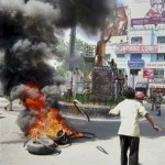 Andhra Pradesh bifurcation: Seemandhra bandh enters second day, normal life hit