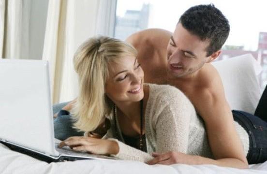 Five habits of happiest couples