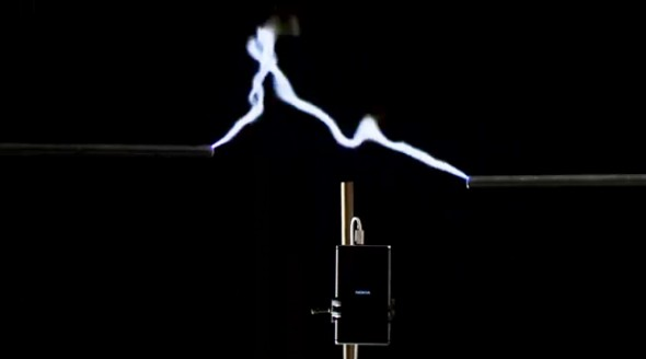 Soon, lighting bolt to charge mobile phones