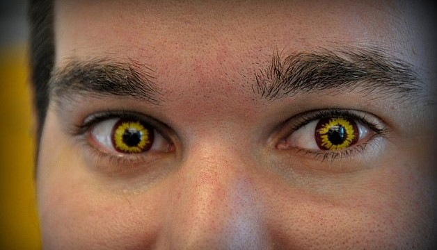 Users warned against wearing novelty contact lenses during Halloween