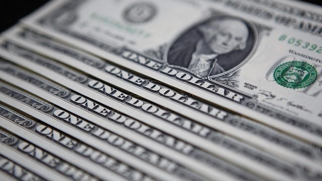 U.S. and Euro Index Futures Climb With Dollar ; Crude Gains