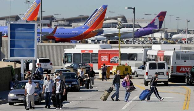 1 killed, 2 wounded in Los Angeles Airport shooting