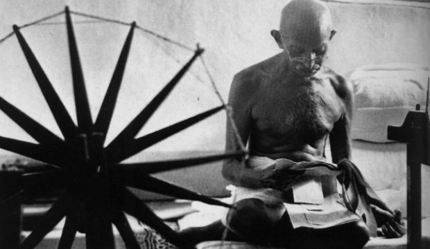 Nation pays homage to Mahatma Gandhi on his 66th death anniversary