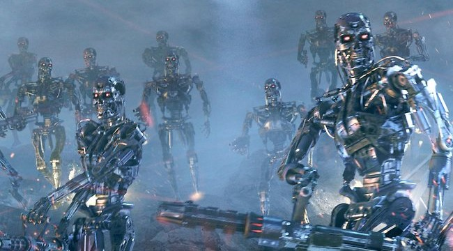 Armed robots to outnumber human soldiers by 10-to-one in decade says expert