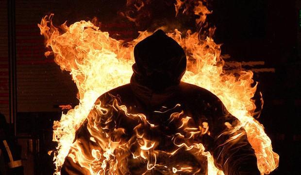 Austrian stuntman breaks world record for being human torch