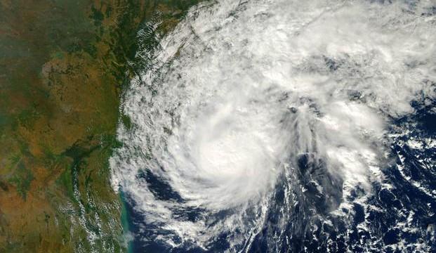 Cyclone Lehar moves towards Andhra