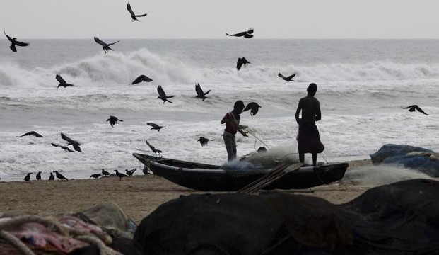 'Cyclone Lehar' set to hit Andhra coast with full force by Thursday