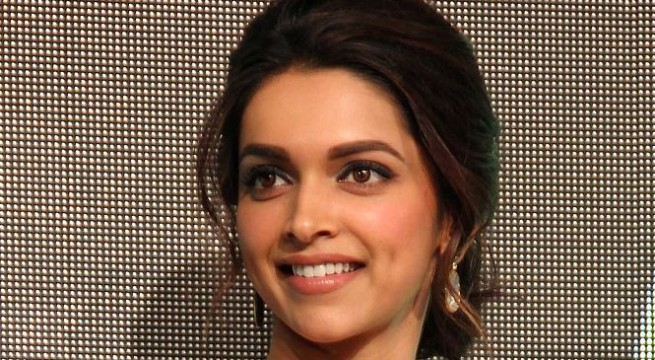 Deepika overwhelmed with Shekhar Kapur's compliment