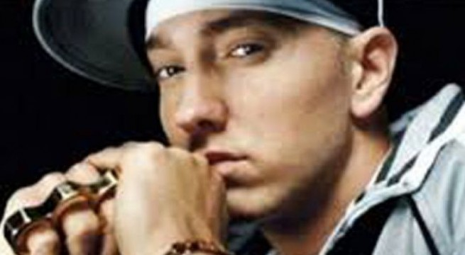 Eminem wins Global Icon Award at MTV EMA