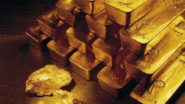 Gold prices falling by Rs 315 to Rs 31,500 per ten gram