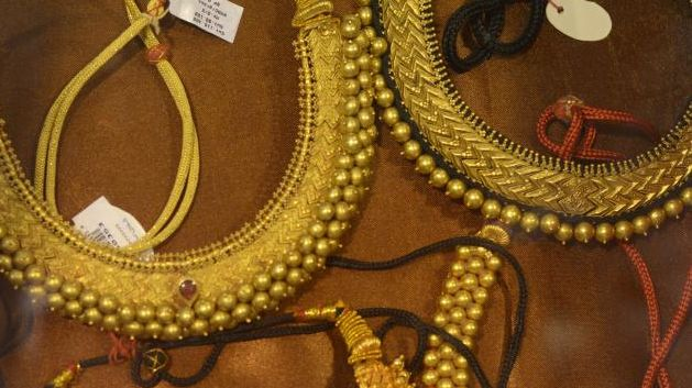 Gold rose by Rs 190 to Rs 31,350 per ten grams