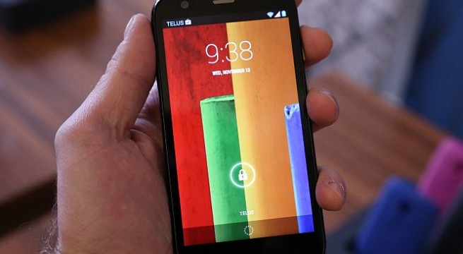 Google-owned Motorola rolls out budget handset to compete with Apple iPhone5C