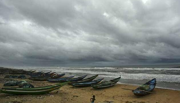 Central team in Guntur District to assess cyclone damage