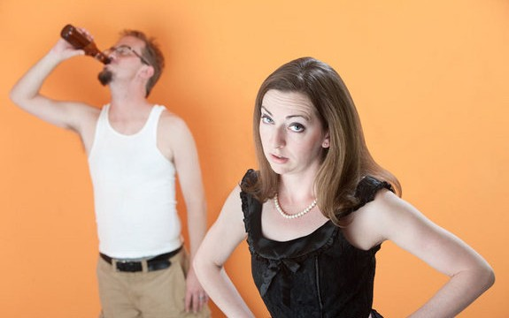 Heavy drinking mixes with marriage if both partners are drinkers