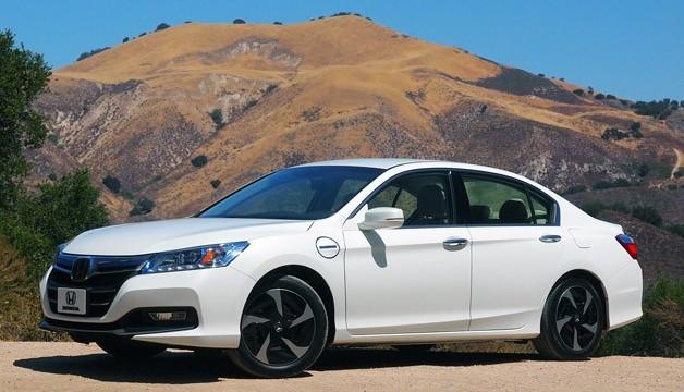 Honda Accord Hybrid named 2014 `green car of year`