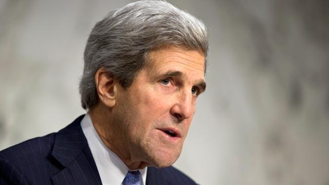 Kerry, Karzai reach pact on U.S. troop stay beyond 2014