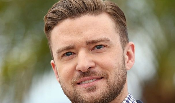 Timberlake hangs himself 'upside down' before concerts