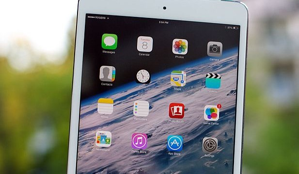 Latest `retina display` Apple iPad mini goes on sale