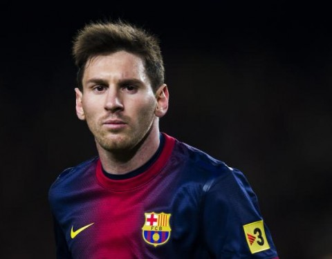 Messi slams top Barca official over `undeserving of better contract` statement