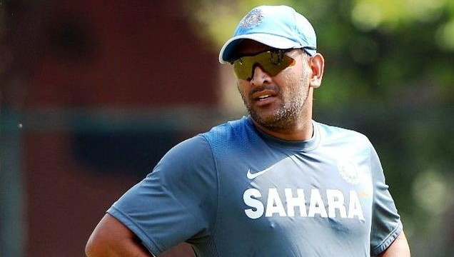 Switching to Tests from ODIs a big change: Dhoni