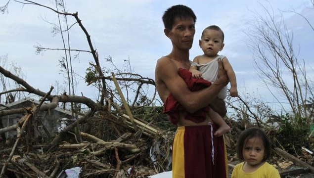 Philippines Typhoon Haiyan: Death toll rises to 5,209 in 2 weeks.