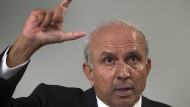 'High-debt' deal not right for BlackBerry: Prem Watsa