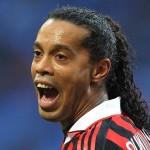 Ronaldinho to play in World Club Championship