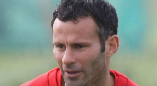 Man U's Giggs turns 40, no signs of decline