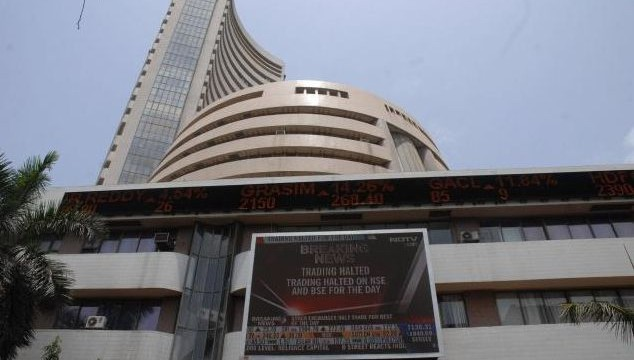 Sensex gains 388 points as crude price drops