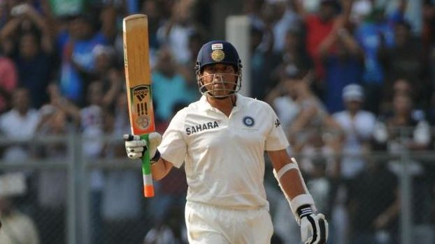 Tendulkar falls for 74, India lead by 100 runs