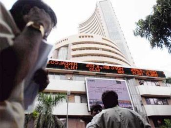 Sensex down 36 points in early trade