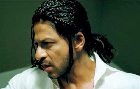 SRK loves eating on flight