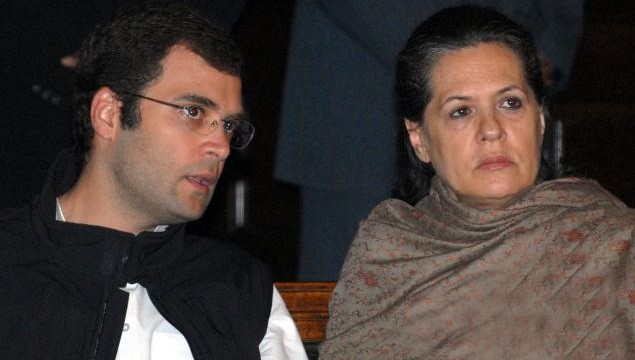 Congress moves EC against Modi's campaign remarks