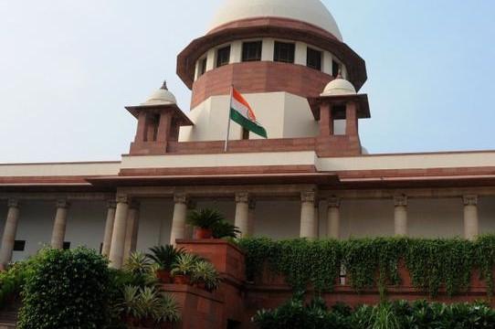 SC notice to CBI on Gujarat cop Amin's bail plea