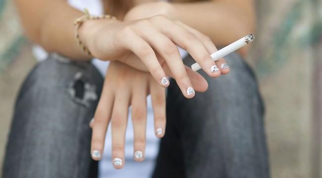 Teens consider slim ciggies `safer`