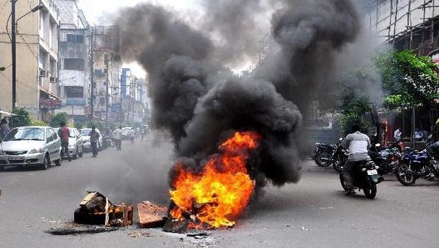 Telangana row: SC refuses to entertain plea opposing bifurcation