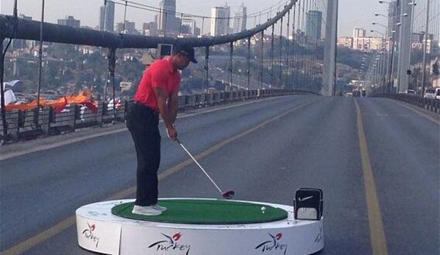 Tiger Woods topped Golf Digest 50's income list for 2013