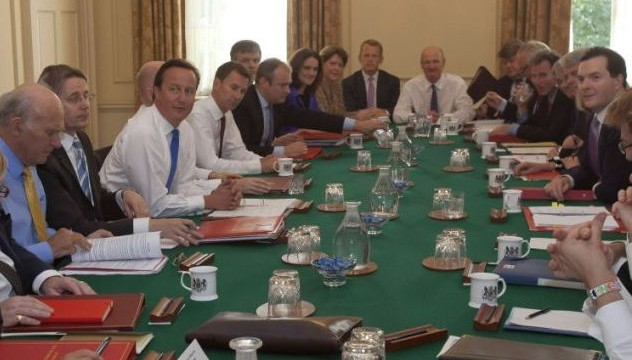 UK cabinet banned from using iPads in `sensitive` meetings over `bugging` fears